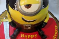 Pirate Minion cake