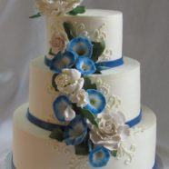Morning glories wedding cake