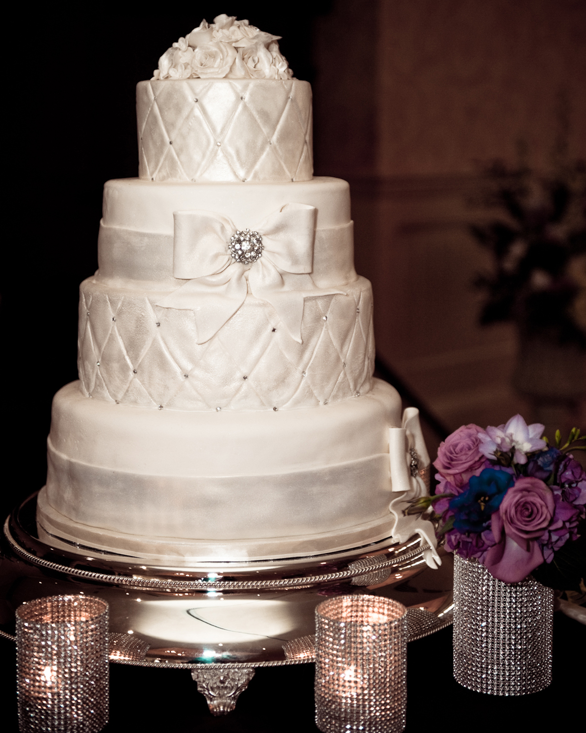 Diamonds & roses wedding cake